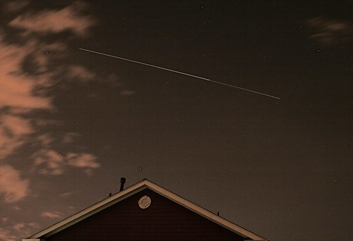 Space Station & ISS flyover, Denver, CO, 9/8/09 (cropped)