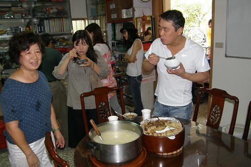 15.神田裕行先生竹筍湯喝的非常開心