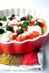 Focaccia alla robiola e pomodorini