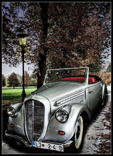 Popular vintage car