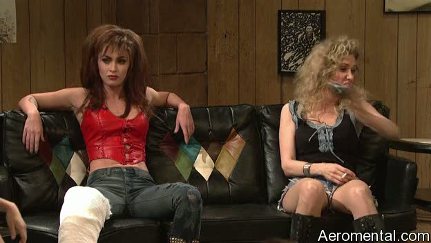 Megan Fox SNL enyesada