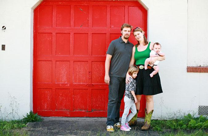 10.3.09_harrell_family_portraits_300.jpg