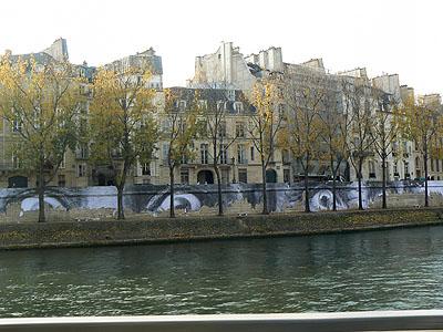 au bord de la Seine.jpg