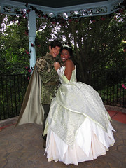 Princess Tiana and Prince Naveen (disneylori) Tags: princess prince disney disneyworld characters tiana wdw waltdisneyworld magickingdom libertysquare disneyprincess naveen disneycharacters explored facecharacters theprincessandthefrog canonpowershotsx10is princesstiana meetandgreetcharacters princenaveen theprincessandthefrogcharacters