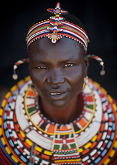 Samburu tribe woman - Kenya (Eric Lafforgue) Tags: world africa woman black girl face necklace mujer faces kenya femme culture tribal tribes tradition tribe ethnic samburu kenia tribo ethnology tribu natgeo ethnie