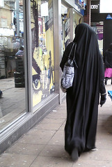 Window shopping. East London (ilovehijab) Tags: hijab gloves niqab abaya jilbab muslima