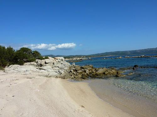 Crique après la Punta di Ventilegne : celle-là, on s'y est arrêté pour baignade et déjeuner