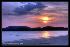 Ball of Fire (opzjon) Tags: travel sunset sea sun beach clouds canon landscape sand shore malaysia langkawi 1740mm hdr photomatix 40d 06gnd