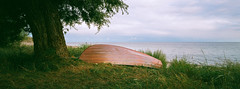 Summer Boat - Fuji Superia 200 (magnus.joensson) Tags: sweden swedish skåne gislöv beach sunset summer c41 hasselblad xpan 45mm fuji superia 200 panorama 24x65 handheld