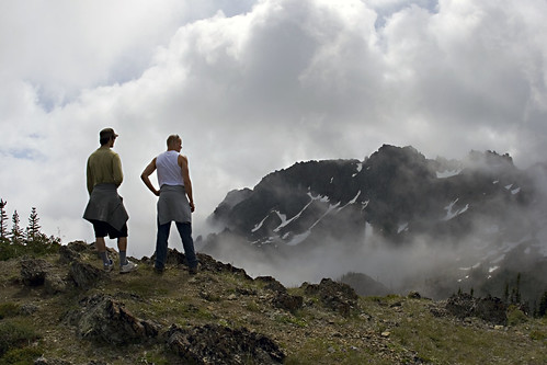 Hiking above the Clouds