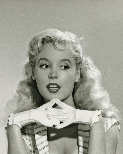 betty brosmer 2