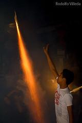 Bolas de Fuego de Nejapa, Agosto 31 (rvsv - Rodolfo) Tags: night ball de fire noche el bolas salvador elsalvador tradition fuego bola niño fireball tradicion polvora nejapa