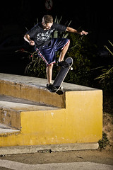 dhani b (dhani borges) Tags: street city brazil urban man male brasil riodejaneiro br rj bs culture slide skateboard tele rua homem blunt concreto borda skatista latinaamerica despenque