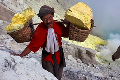 Worker carrying sulphur - Kawah Ijen (Maciej 'Magic' Stangreciak) Tags: travel travelling indonesia asia southeastasia magic sulphur sulfur maciej travelphotography worstjob ijen kawahijen sulfurlake banyuwangi maciejstangreciak stangreciak worstjobsulphur maciejmagicstangreciak maciejmagic