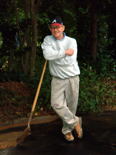PA161261-2009-10-16-CShoveling-Mud-East-Of-Reeder-Circle-Shovel-Lean
