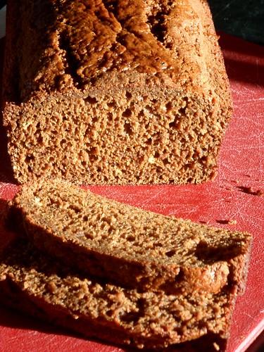 Gingerbread cake, c/o Cake Gumshoe Julia