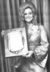 Linda Vaughn honored for her racing promotional work (torinodave72) Tags: girl june golden nikki phillips f1 linda nascar firebird marsha miss vaughn pure bennett cochran shifter hurst nhra usac ahra