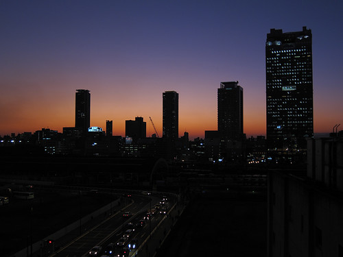 the twilight at Umeda one day (3)