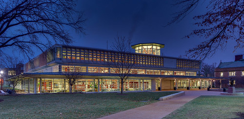 Washington University, in Saint Louis, Missouri, USA - Olin Library