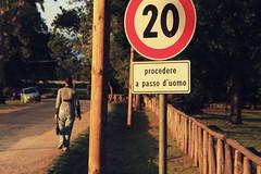 procedere a passo...di donna (say_cheese_to_luigi) Tags: donna strada solitario velocità divieto viale passeggiare infrazione