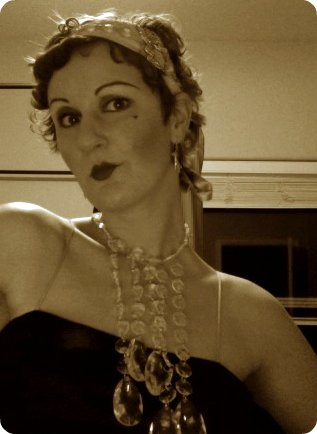 Sepia Flapper Makeup