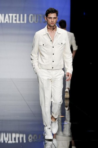 Sean O'pry3047_FW09_Milan_Carlo Pignatelli Outside