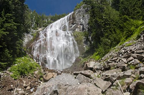 rocks at spray falls