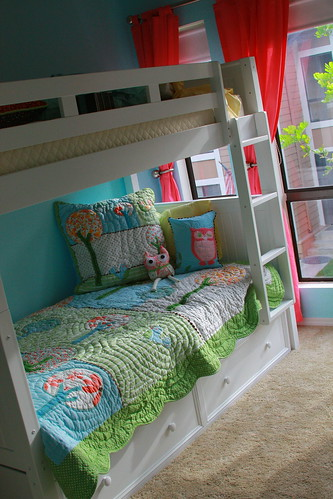 Girls room - bunk beds
