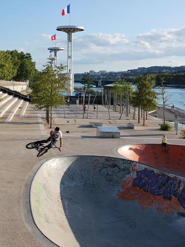 skatepark bowl lyon