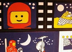Space! (Mamluke) Tags: blue red moon rot azul illustration vintage paper toy rouge rojo blauw play lego blu space stickers luna bleu astronauts papel blau 1980 papier rood rosso spielzeug carta jouet cru 6000 illustratie juguete ilustración vendimia unused illustrazione annata uralt abbildung mamluke ideabook 型 実例 wijnoogst speelbal sciocchezzuola legoideabook