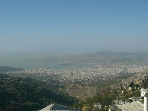 view of volos from makrinitsa pelion