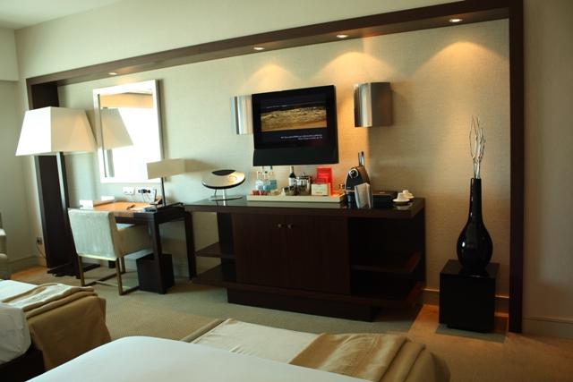 Arts Hotel 640