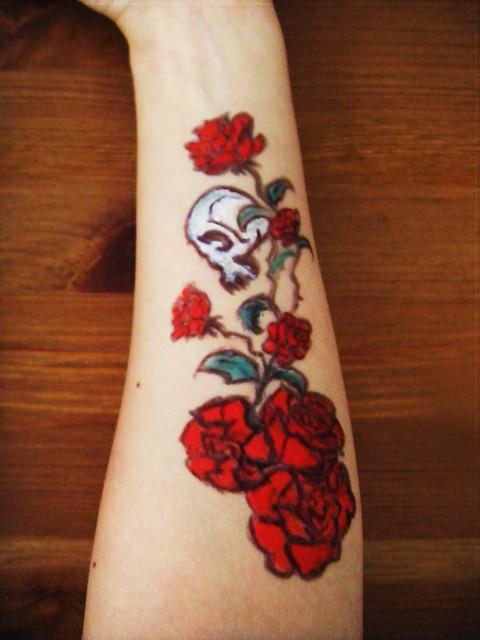 skull rose tattoo design