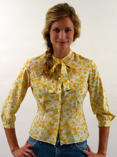 70's BRIGHT FLORAL TIE BLOUSE