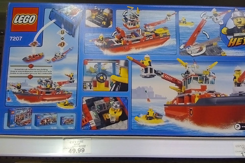 LEGO 2010 Sets Spotted at Toys R Us - City 7207 Fire Boat