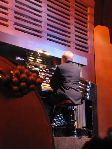 Organist at the Christmas Spectacular