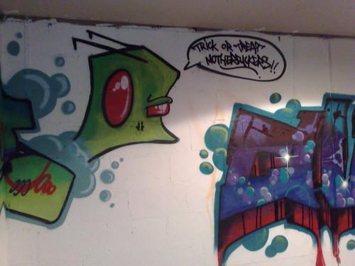 Graffitis de Invazor Zim 4225507940_c6a9f0e91a