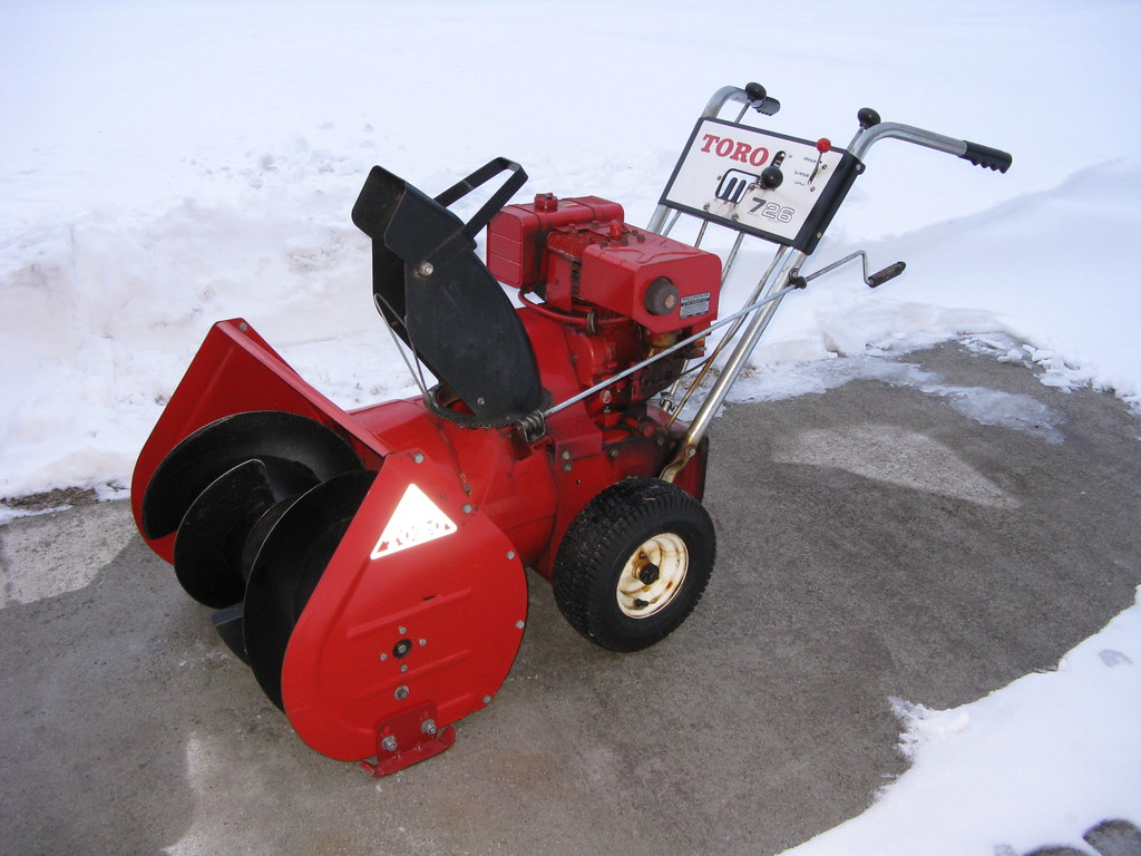 38 year old Toro 2-stage snowblower (with Power Turns)
