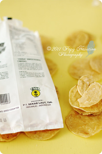 Emping Melinjo Manis 2/2 (Sweetened Melinjo Crackers)