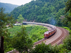 PRR 5809 around Horseshoe Curve (mwnek09) Tags: railroad train rail trains horseshoe curve e8 prr emd pennysylvania