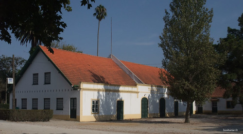 Antigo teatro, construído para os trabalhadores da Vista Alegre