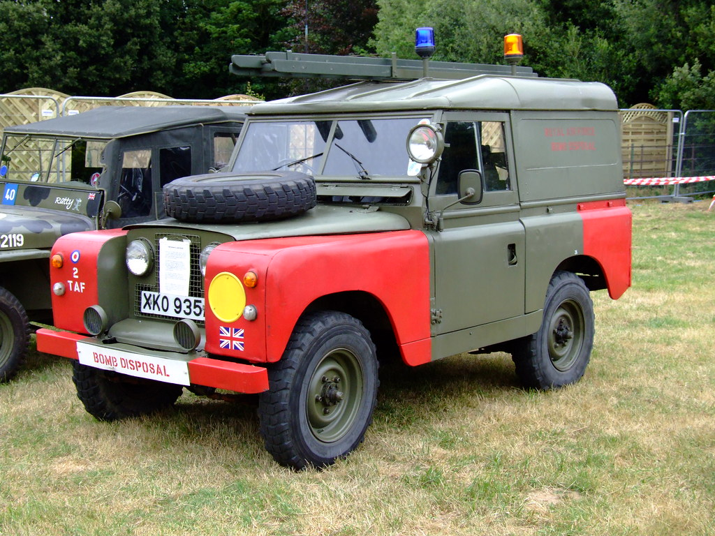Land rover Bomb Disposal