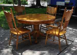 dining table/chairs (goes with china cabinet)