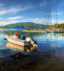 Marmaris (Nejdet Duzen) Tags: trip travel sea vacation cloud holiday reflection beach turkey boat cloudy yacht trkiye deniz sandal yat marmaris bulut tatil yansma seyahat plaj mula abigfave colorphotoaward vosplusbellesphotos saariysqualitypictures