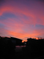 i colori della sera (giampaolo.lasca) Tags: sunset sky clouds evening tramonto nuvole dusk cielo colori enchanted sera incantata