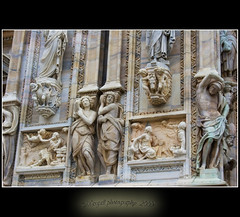 Decorazioni restaurate del duomo di Milano (Margall photography) Tags: city urban italy milan photography nikon cathedral milano decoration di marco urbano duomo 1855 citta decorazioni d40 galletto margall ristrutturato bellitalia