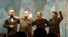 20091201 - Pixies concert - 0 - full band - (by smoorenburg@flickr) - 4154188152_9064164edc_o (Rev. Xanatos Satanicos Bombasticos (ClintJCL)) Tags: musician music club washingtondc dc washington entertainment pixies waving 2009 kimdeal bowing davidlovering joeysantiago blackfrancis darconstitutionhall 200912 20091201 musiciandavidlovering musicianblackfrancis musiciankimdeal camerapersonflickrusersmoorenburg musicianjoeysantiago