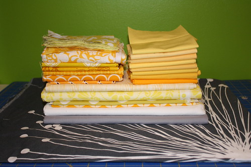 Marshmallow Brochette QAL - Gray and Yellow Lap Quilt