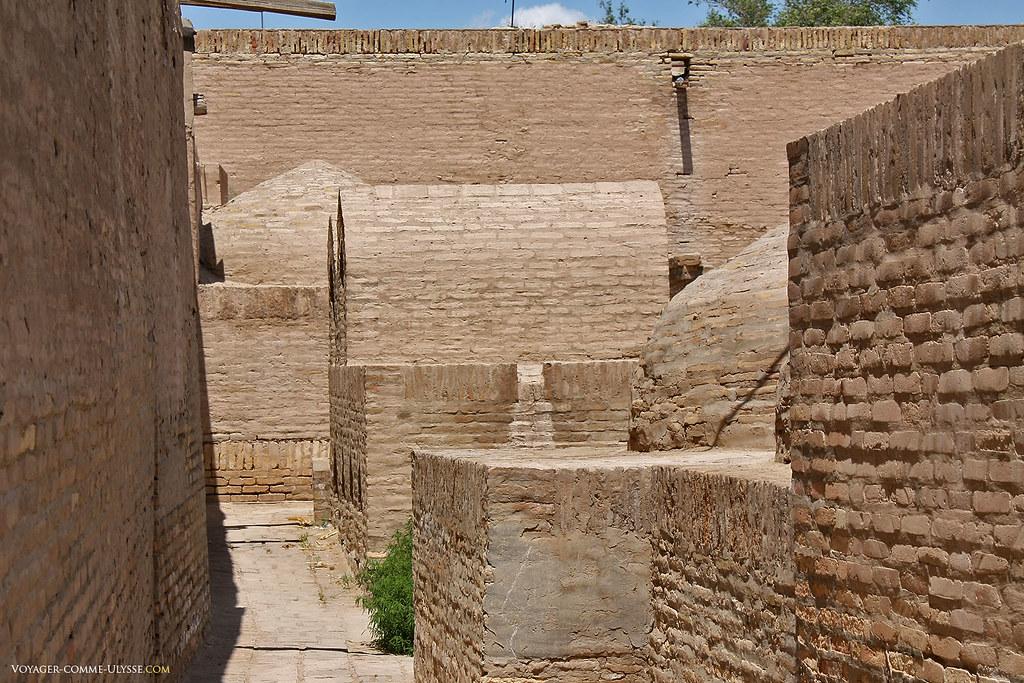 La pratique de mettre des tombeaux sur les remparts protégeait la ville des envahisseurs, également musulmans