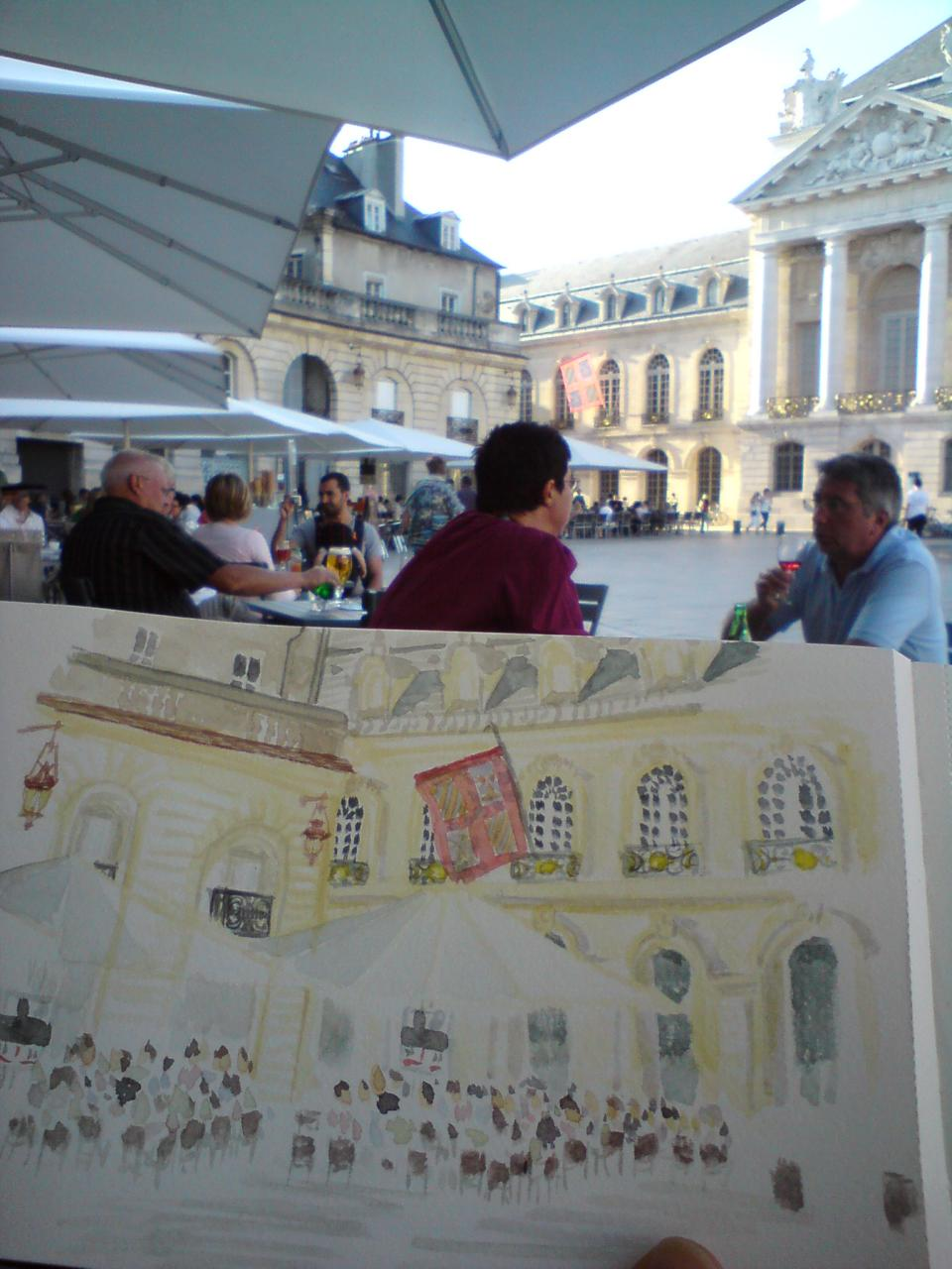 Sketching on Place de la Liberation
